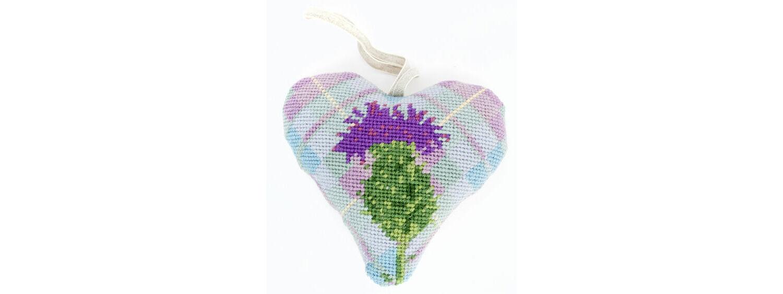 Stars /& Stripes Lavender Heart Tapestry Kit