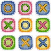Noughts & Crosses Magnetic Cross Stitch Kit