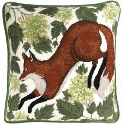 Spring Fox Tapestry Cushion Panel Kit