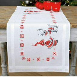Santa & Rudolph Embroidery Table Runner Kit