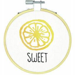 Sweet Embroidery Hoop Kit