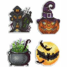 Halloween Spookiness Magnets Cross Stitch Kit