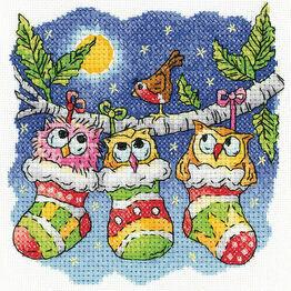 A Christmas Hoot Cross Stitch Kit