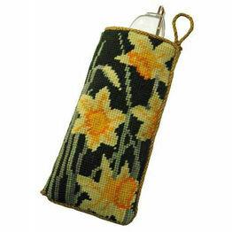 Daffodils Dark Tapestry Glasses Case Kit