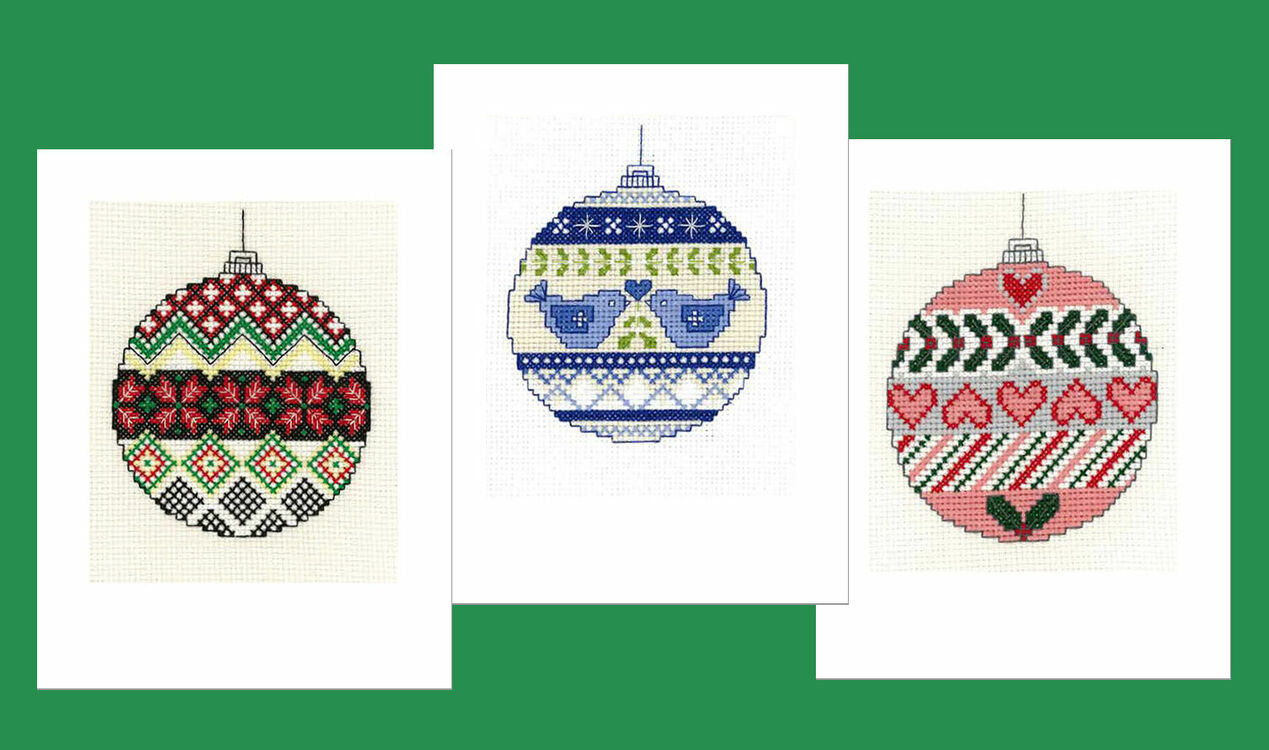 SILVER BAUBLE HANDMADE STITCHED CHRISTMAS CARD RED